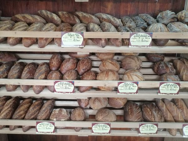 COsul cu paini Diverse sortimente